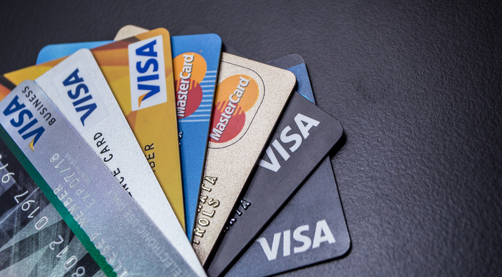 Credit Cards vs. Charge Cards: What's the difference?